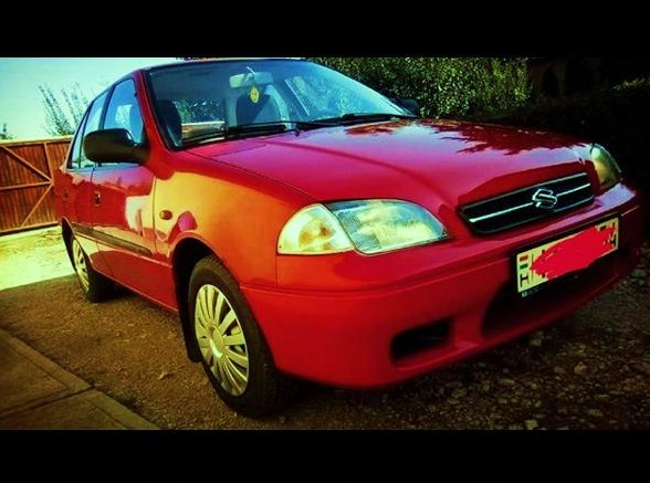 Suzuki Swift sedan 1.3 GC 16v 2003 autó